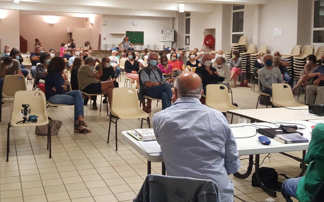 Première réunion publique aux Ollières : le 11 septembre, 75 personnes étaient présentes